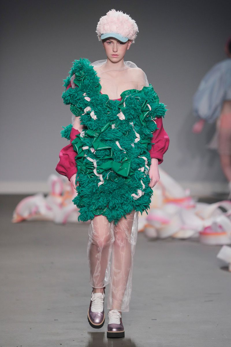 Ajbilou | Rosdorff showing at the Mercedes-Benz Amsterdam Fashion Week - green fuzzy coat