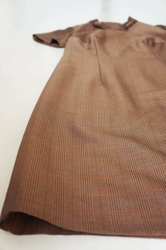 Vintage brown dress - detail